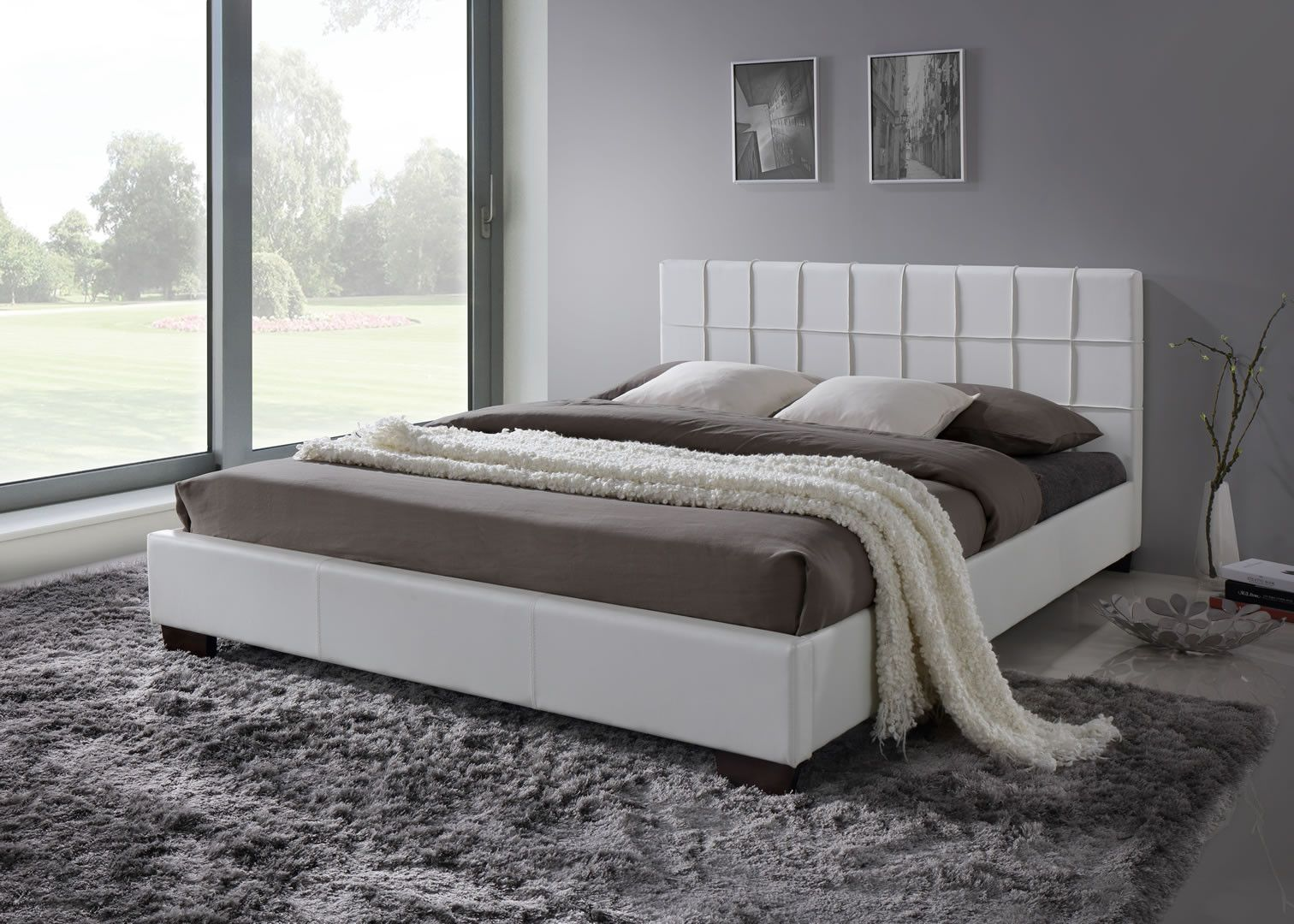 meuble blanc lit 140 x 200 cm avec t te de lit design et. Black Bedroom Furniture Sets. Home Design Ideas