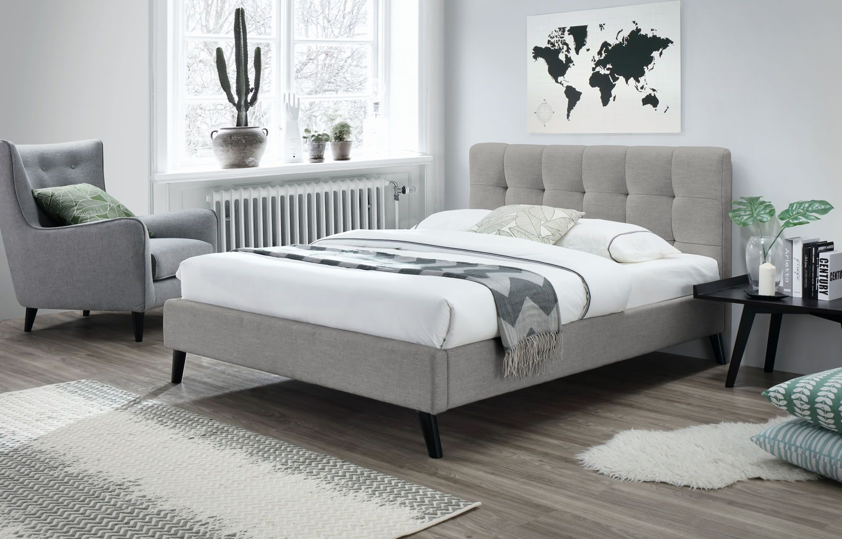 lits doubles lit double 160 x 200 cm avec t te de lit et sommier tulipe beige trocity. Black Bedroom Furniture Sets. Home Design Ideas