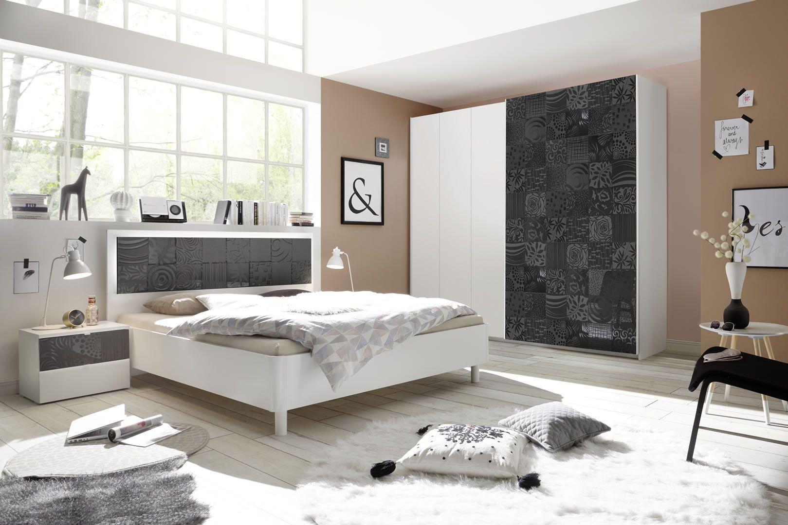 Photo Chambre Adulte Design chambre adultes complète design avec sérigraphies blanc et gris laqué parme
