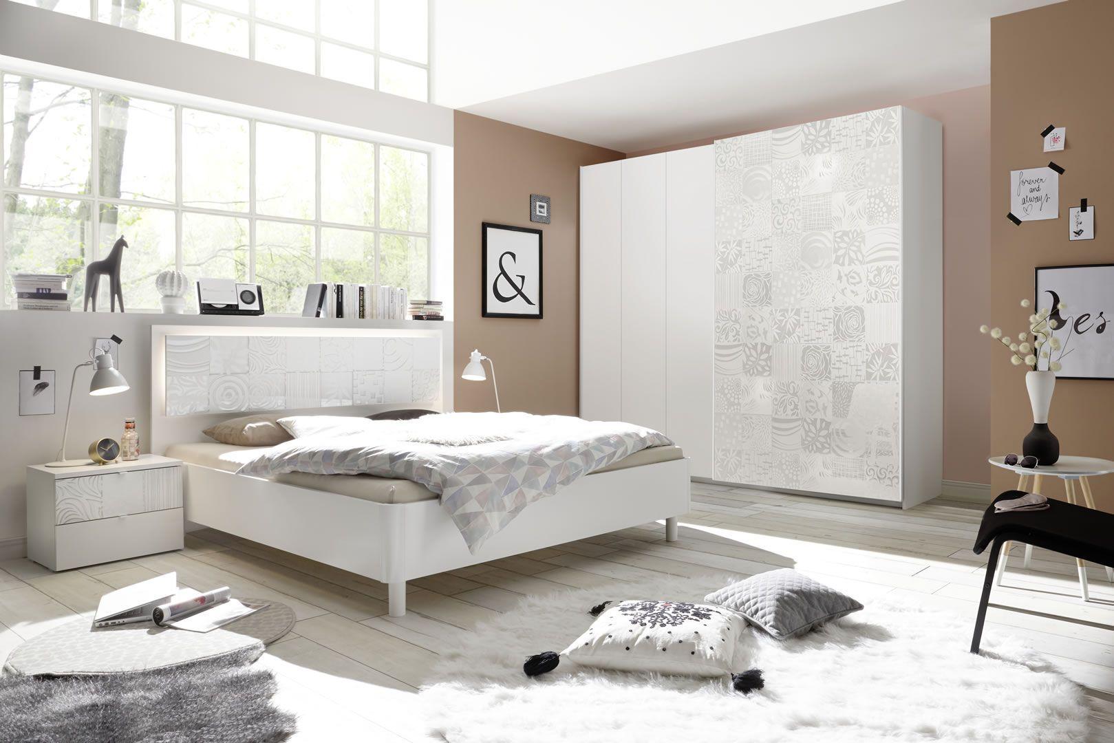 Photo Chambre Adulte Design chambre adultes complète design avec sérigraphies blanc parme