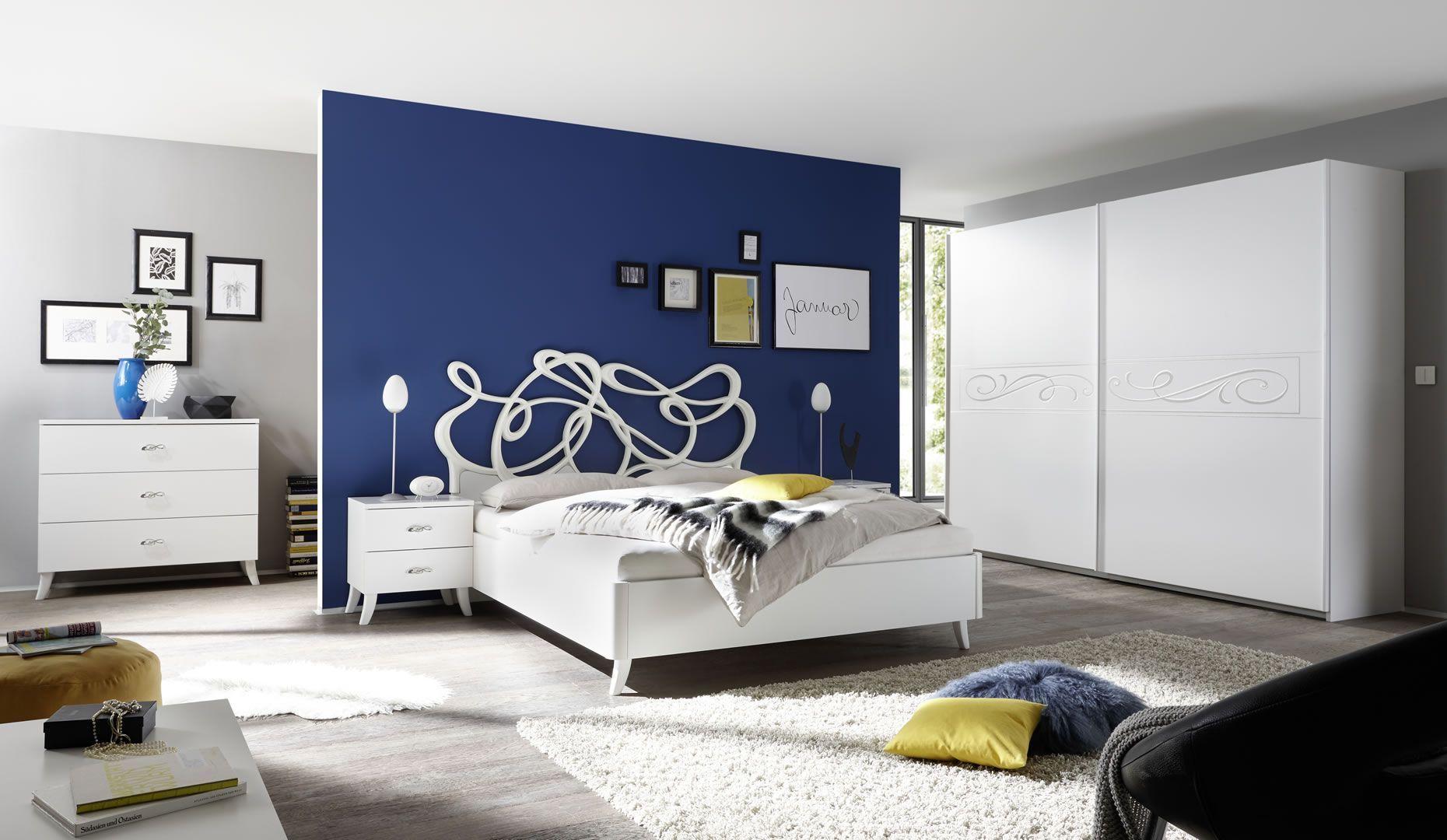 Photo Chambre Adulte Design chambre complète adulte tête de lit design sérigraphies lit 160 cm blanc  martine